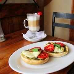 Отель Plaza Yat B'alam Гондурас, Копан-Руинас - отзывы, цены и фото номеров - забронировать отель Plaza Yat B'alam онлайн питание
