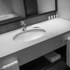 Отель Le Méridien Mina Seyahi Beach Resort & Marina 5* Номер Делюкс с различными типами кроватей