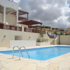 Апартаменты Paschali Hills Apartments бассейн