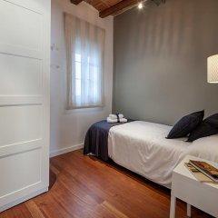 Апартаменты Habitat Apartments Cathedral комната для гостей