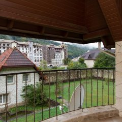 Гостиница Snow Village Krasnaya Polyana балкон