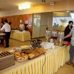 Muong Thanh Grand Ha Long Hotel 4* Номер Делюкс с различными типами кроватей фото 14