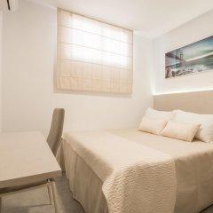 Отель Hostal El Romerito Стандартный номер с двуспальной кроватью (общая ванная комната)