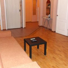 Апартаменты Ukraine Faire Apartments комната для гостей