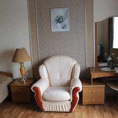 Гостиница Шахтер 3* Улучшенный номер с разными типами кроватей фото 3