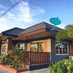 Отель Benwadee Resort 2* Коттедж с различными типами кроватей фото 18