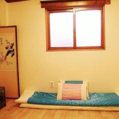 Отель HanOK Guest House 202 2* Стандартный номер с различными типами кроватей (общая ванная комната) фото 5