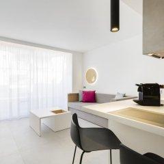 Отель One Ibiza Suites 5* Студия с различными типами кроватей фото 9