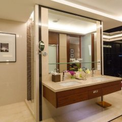 Отель AETAS lumpini 5* Люкс Премьер с двуспальной кроватью фото 5