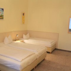 Отель Hotelpension Margrit 2* Стандартный номер с различными типами кроватей фото 9