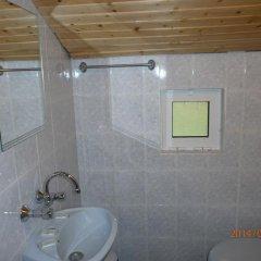 Отель Eco House Gorski Kut Болгария, Аврен - отзывы, цены и фото номеров - забронировать отель Eco House Gorski Kut онлайн ванная