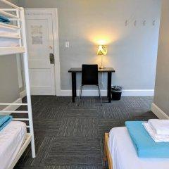 The Wayfaring Buckeye Hostel Кровать в общем номере с двухъярусной кроватью фото 7