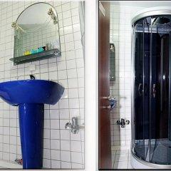 Гостиница VIP Deribasovskaya Apartment Украина, Одесса - отзывы, цены и фото номеров - забронировать гостиницу VIP Deribasovskaya Apartment онлайн ванная