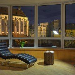 Апартаменты Franciscan Garden Apartments Прага гостиничный бар