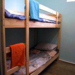 Хостел Маня Кровать в общем номере с двухъярусной кроватью фото 25