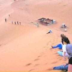 Отель Bivouac Morocco Safari Tours Марокко, Мерзуга - отзывы, цены и фото номеров - забронировать отель Bivouac Morocco Safari Tours онлайн пляж фото 2