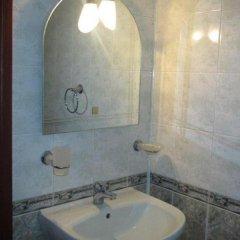 Отель Family Hotel Denica Болгария, Аврен - отзывы, цены и фото номеров - забронировать отель Family Hotel Denica онлайн ванная фото 2