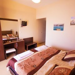 Отель Plaza Стандартный номер с двуспальной кроватью фото 9