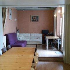 Отель Paranjib Guesthouse Франция, Париж - отзывы, цены и фото номеров - забронировать отель Paranjib Guesthouse онлайн интерьер отеля