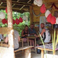 Отель Jungle Holiday Home Хиккадува питание
