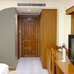 Отель PJ Inn Pattaya 3* Улучшенный номер с различными типами кроватей фото 4