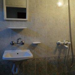 Отель Guestrooms Roos Стандартный номер фото 6