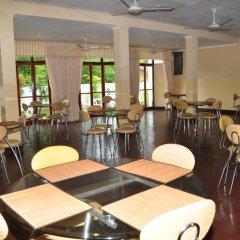 Отель Melbourne Tourist Rest Шри-Ланка, Анурадхапура - отзывы, цены и фото номеров - забронировать отель Melbourne Tourist Rest онлайн питание фото 2