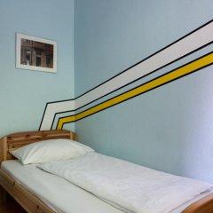 Отель U inn Berlin Hostel Германия, Берлин - отзывы, цены и фото номеров - забронировать отель U inn Berlin Hostel онлайн комната для гостей фото 3