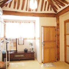 Отель Gaonjae Hanok Guesthouse Южная Корея, Сеул - отзывы, цены и фото номеров - забронировать отель Gaonjae Hanok Guesthouse онлайн в номере