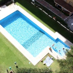 Отель Club Maritimo at Ronda III Испания, Фуэнхирола - отзывы, цены и фото номеров - забронировать отель Club Maritimo at Ronda III онлайн бассейн фото 2