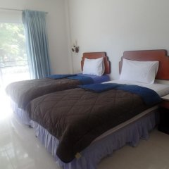 Отель Kasemsuk Guesthouse Стандартный номер с различными типами кроватей фото 3
