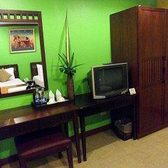 Отель Boonsiri Place 3* Улучшенный номер с различными типами кроватей фото 2