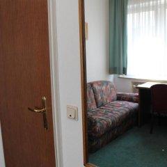 Hotel Engelbertz 2* Стандартный номер с различными типами кроватей фото 8