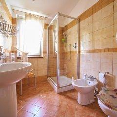 Отель Casa del Glicine Сполето ванная фото 2