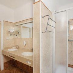 Suzanne Hotel Pension Вена ванная