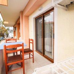 Отель Dine Албания, Ксамил - отзывы, цены и фото номеров - забронировать отель Dine онлайн балкон