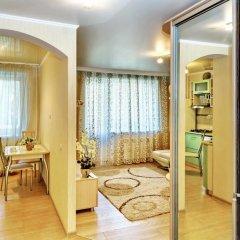 Гостиница Apartament Volga River в Саратове отзывы, цены и фото номеров - забронировать гостиницу Apartament Volga River онлайн Саратов комната для гостей фото 2
