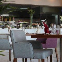 Отель Holiday Inn Jeddah Gateway гостиничный бар