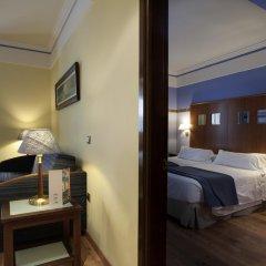Отель Suites Gran Via 44 Apartahotel 4* Люкс с различными типами кроватей фото 2