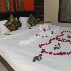 Dengba Hostel Phuket Улучшенный номер с различными типами кроватей фото 7