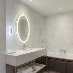 Отель Hilton London Euston 4* Улучшенный номер с различными типами кроватей фото 4