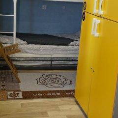 Хостел Обской Кровати в общем номере с двухъярусными кроватями