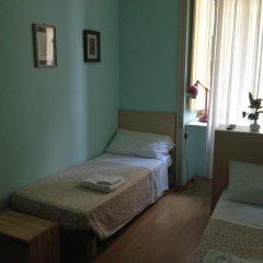 Отель Colazione Al Vaticano Guest House 3* Стандартный номер с двуспальной кроватью (общая ванная комната) фото 2