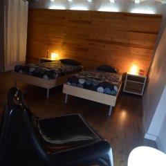 Отель Can Fruitós Испания, Бесалу - отзывы, цены и фото номеров - забронировать отель Can Fruitós онлайн бассейн фото 2