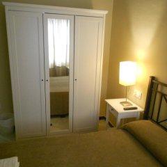 Отель Pension Perez Montilla 2* Стандартный номер с двуспальной кроватью (общая ванная комната) фото 4