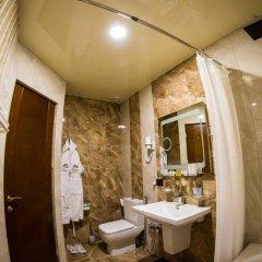 Отель Элегант(Цахкадзор) 4* Номер Делюкс двуспальная кровать фото 4