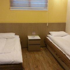 Dongdaemun Hwasin Hostel Стандартный номер с 2 отдельными кроватями фото 3