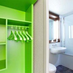 Отель Campanile Villeneuve D'Ascq 3* Улучшенный номер с различными типами кроватей фото 2