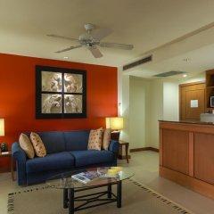 Отель Laguna Holiday Club Phuket Resort 4* Полулюкс