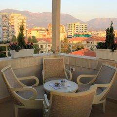 Отель Oxford Hotel Албания, Тирана - отзывы, цены и фото номеров - забронировать отель Oxford Hotel онлайн балкон